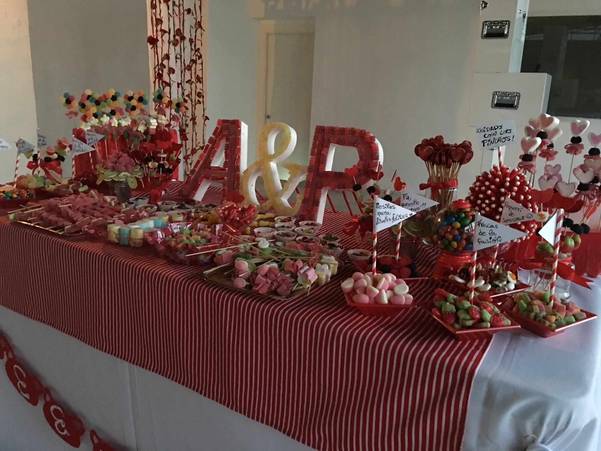 Mesas de chuches catering salones benidorm catering for Ideas para mesas de chuches
